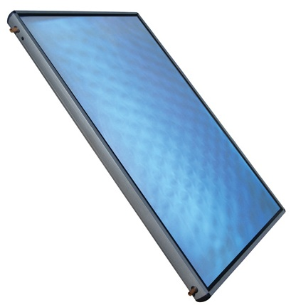 Ηλιακός συλλέκτης με επιλεκτική βαφή όπου φαίνεται το χαρακτηριστικό γαλαζο-μπλέ χρώμα του.